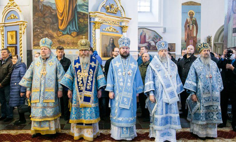 Photo of Архипастыри БПЦ совершили Божественную литургию в Жировичской обители